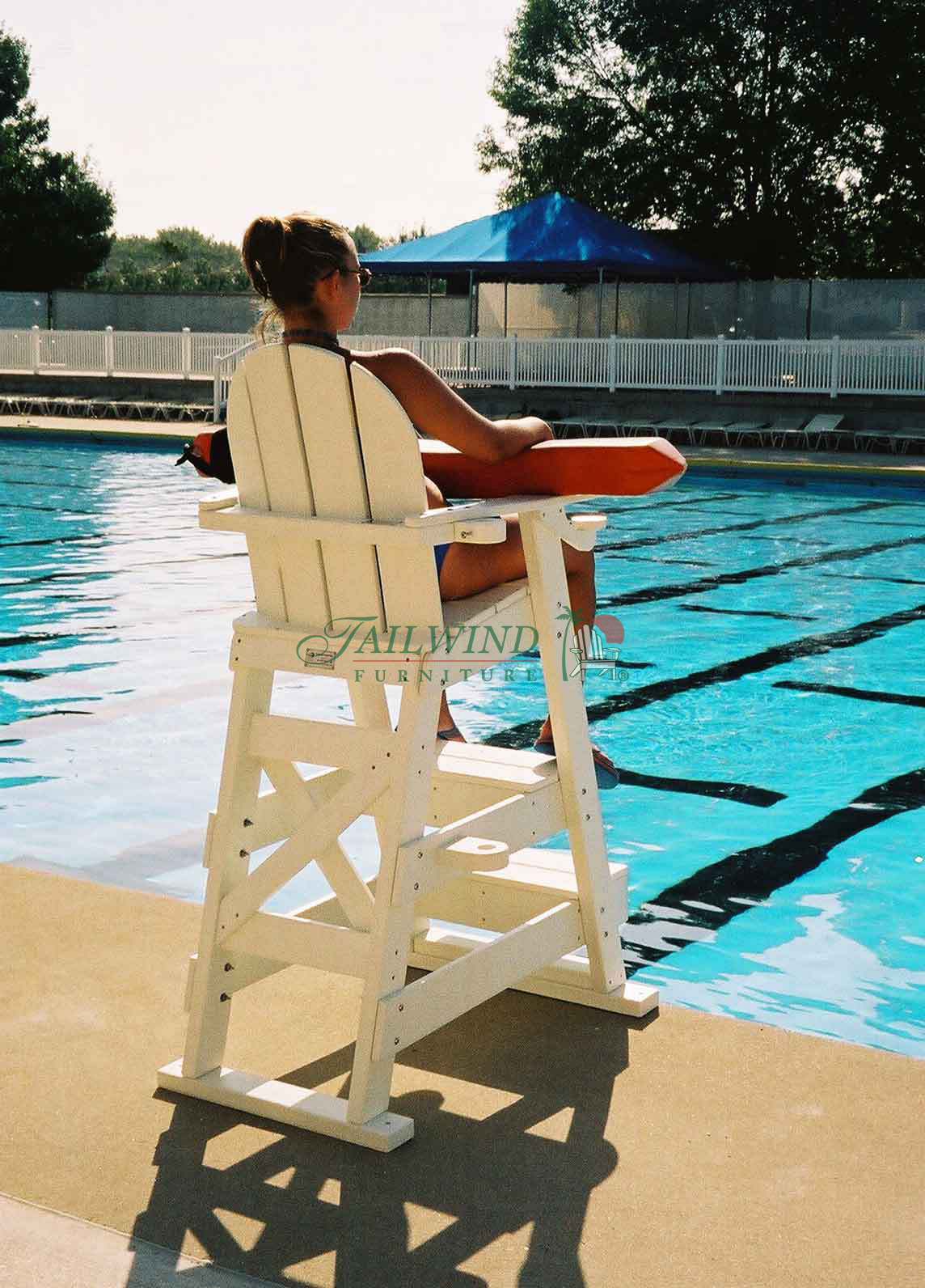 "LG 510 Lifeguard Chair  - 41""L x 30""W x 61""H